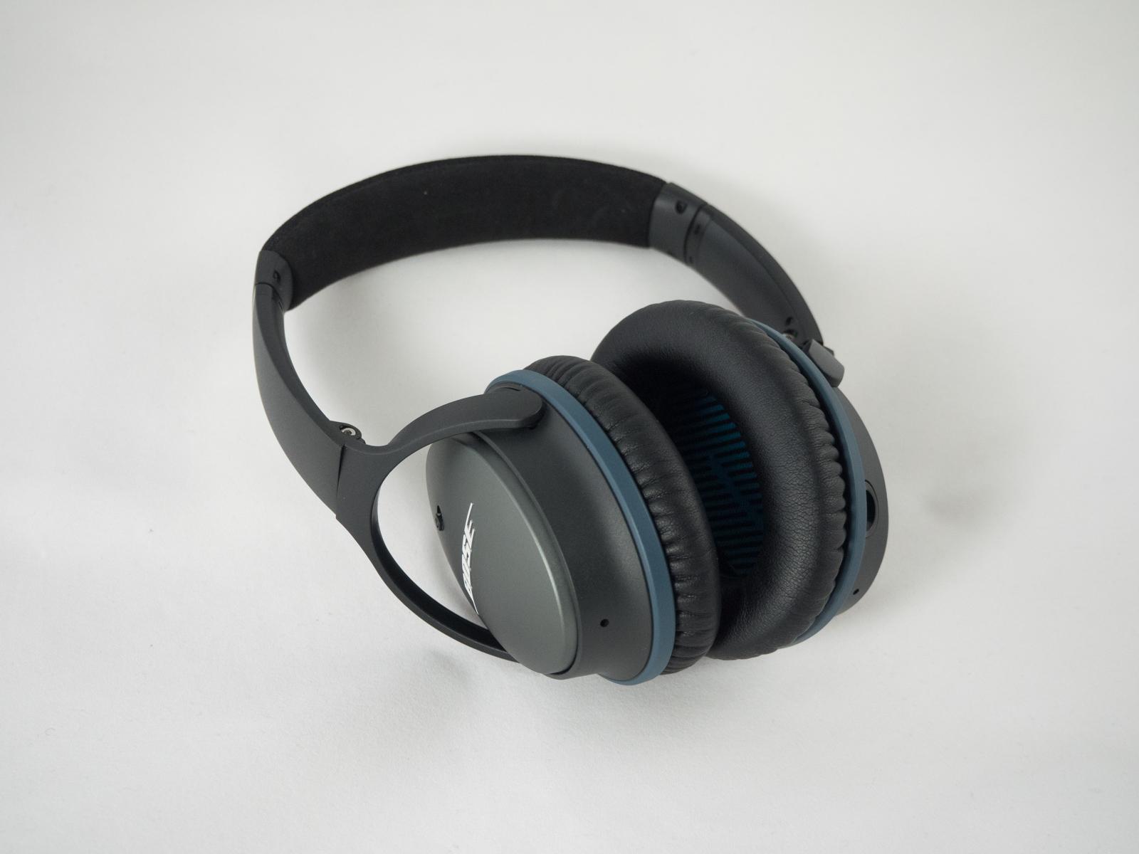 Bose Quietcomfort  Noise Cancelling Iphone Headphones Black